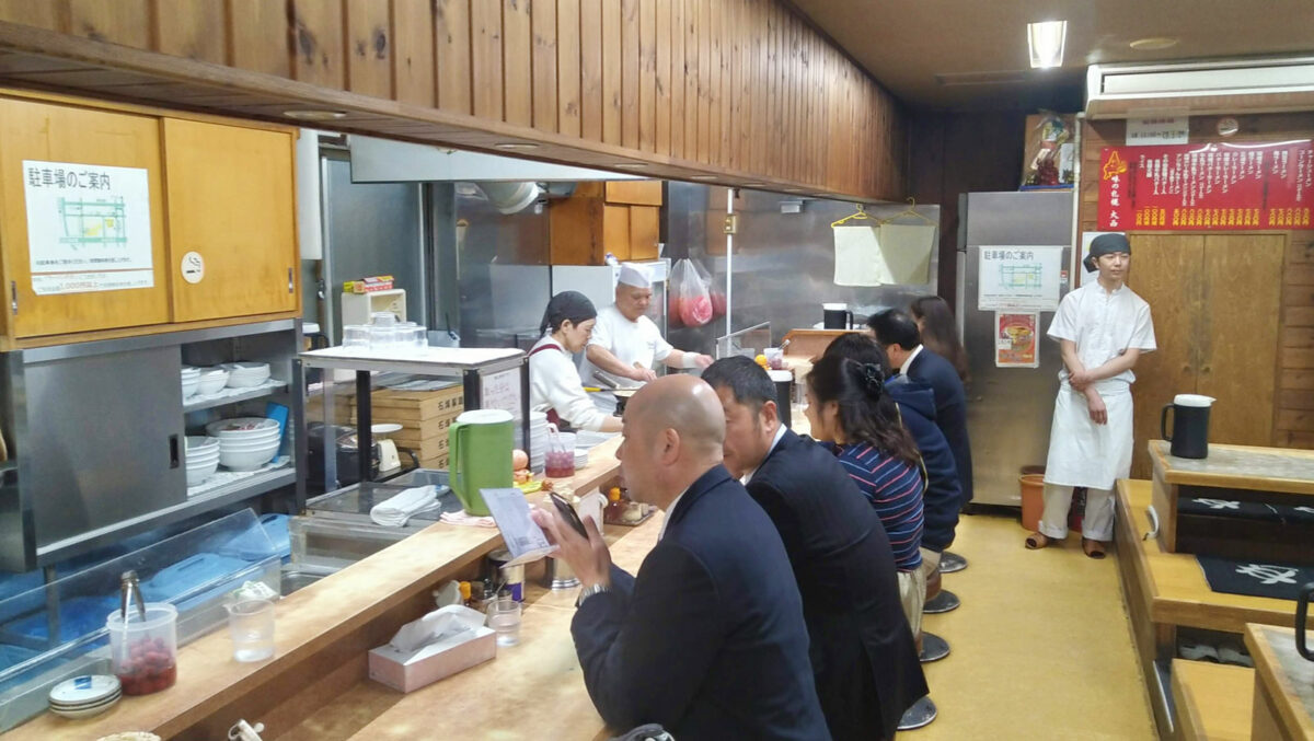 Ajino Sapporo Oonishi interior