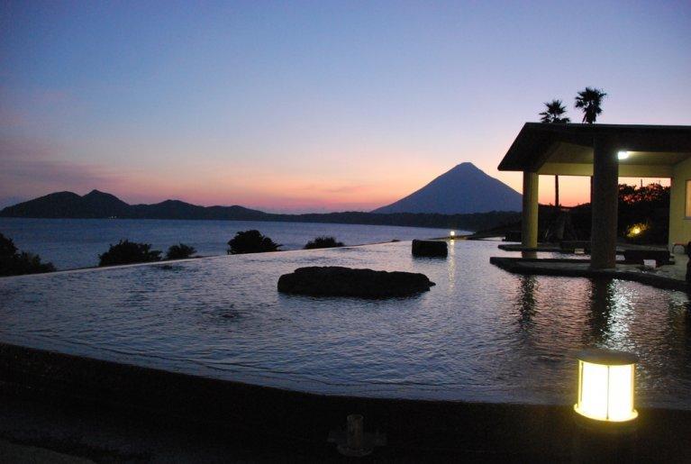 Ibusuki healthy land Tamatebako open-air public bath