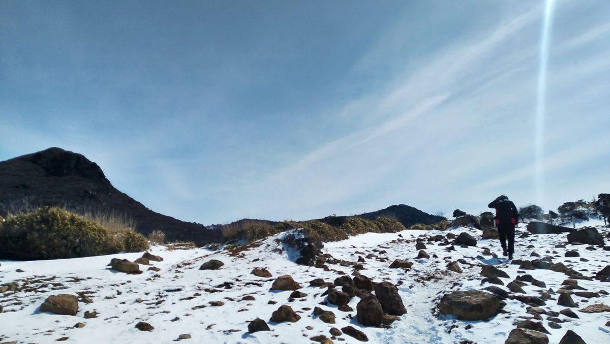 Climbing up the Kuju mountains